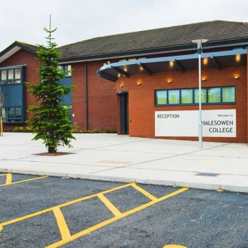 RAPID and Vitesse Plus provide a versatile solution for Halesowen College